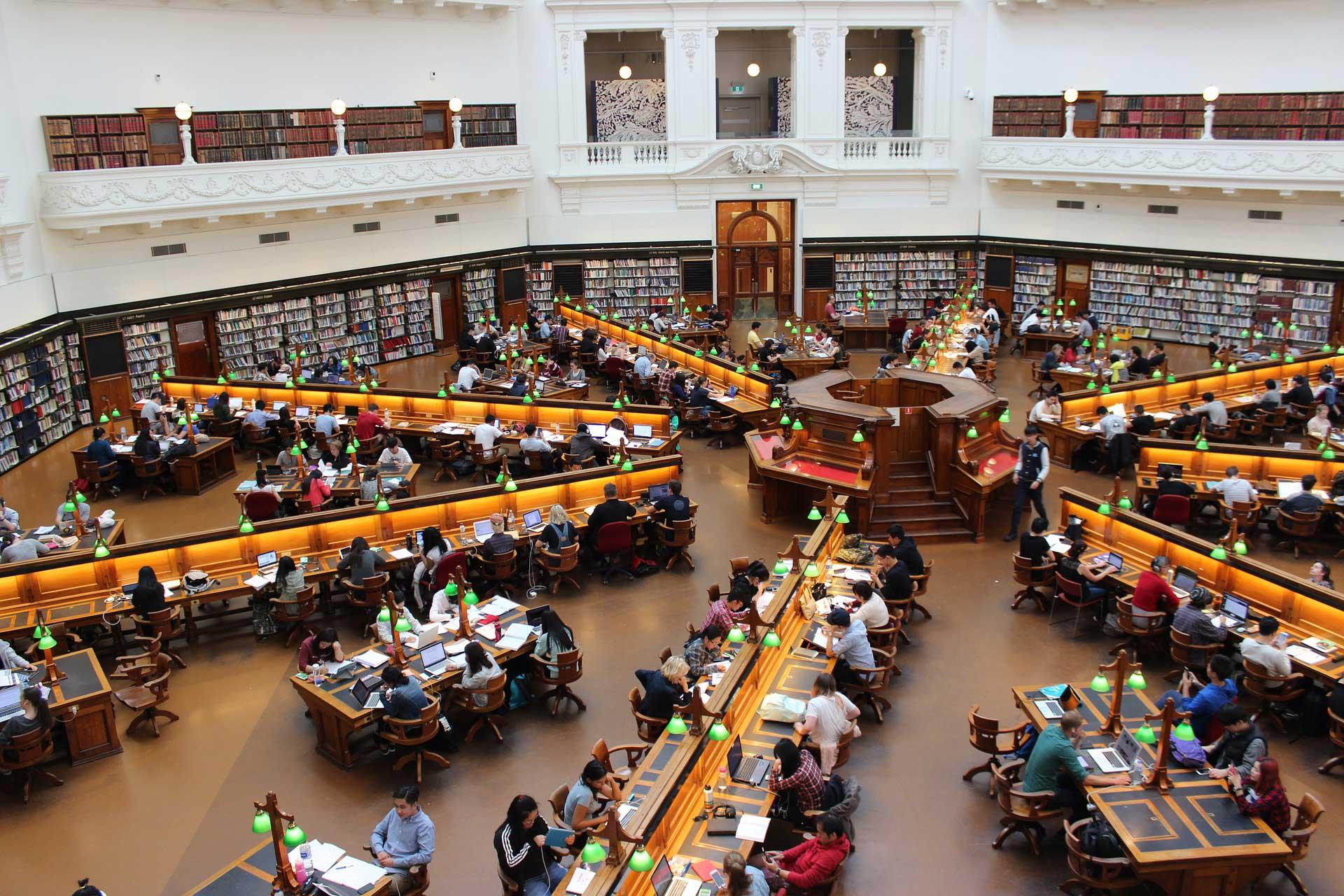 Universität Krems führt in Bachelor Studiengang ein Storytelling Pilotprojekt zu Diversity im Berufsleben durch