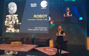 StartupCon 2017: Presenting Roboy Junior on main stage